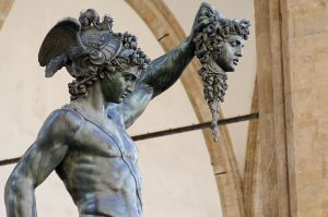 800px-Perseus_by_Cellini_Loggia_dei_Lanzi_n06